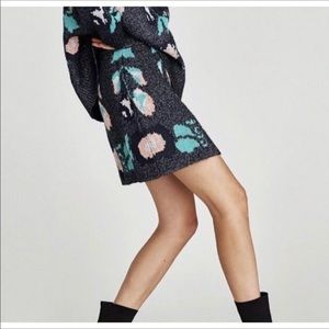 Zara Skirts - Zara knitwear collection mini skirt.